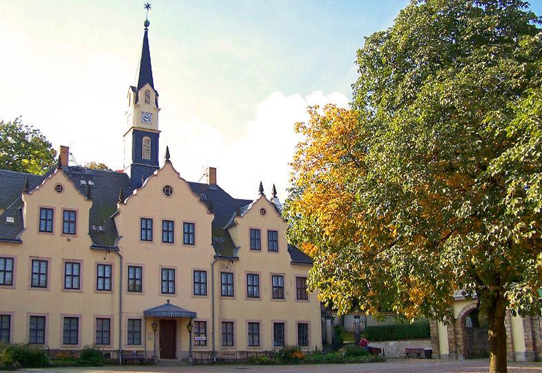 Beispiel: Schloss und Park, Foto: Schloss Burgk.