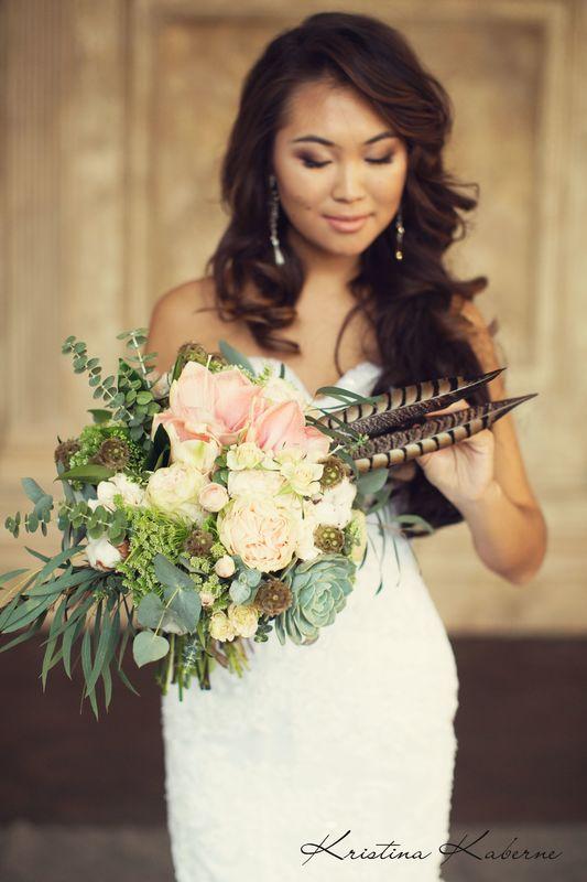 Пастельный букет невесты  Флорист Кристина Каберне ФОто Лена Кожина