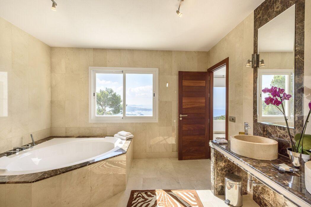 Ecoibiza Villas & Concierge