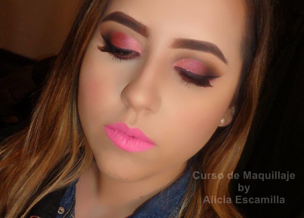 Make Up Studio - by Alicia Escamilla.