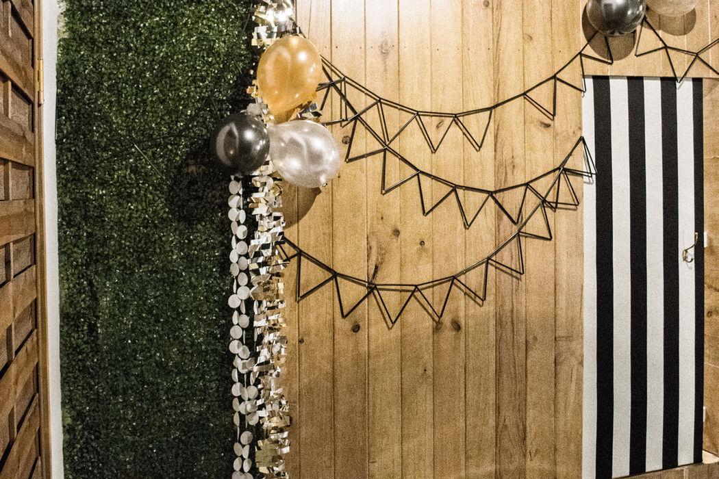 Shöck in Windöws 18 de febrero · Editado · ·   ·  Straw Bunting Garland by shöckinwindöws.com #HappyBirthday #happy40 #cumple #feliz40 #cumpleañosfeliz #deco #evento #party #handmade