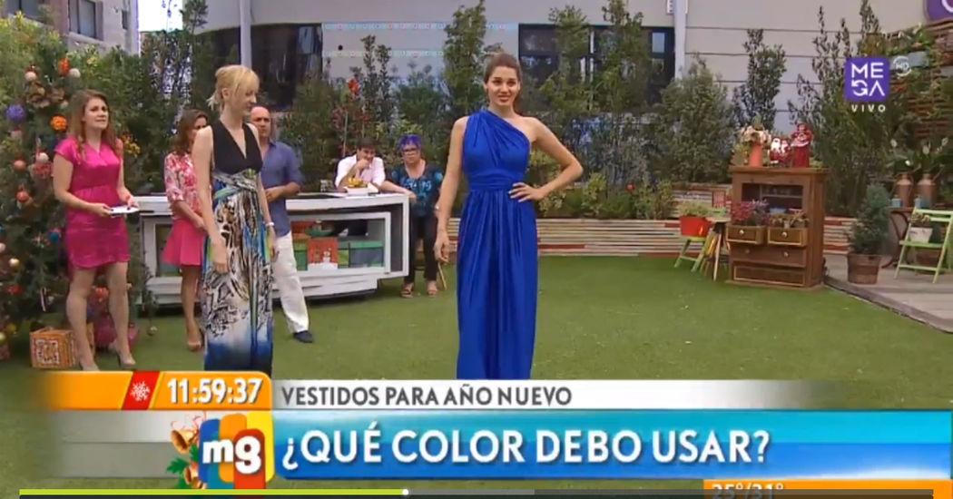 """Casa De Moda Santiago vende vestidos """"infinitos"""". Un Vestido Infinito es una prenda de vestir que se transforma en más de 20 estilos distintos (puedes modificar el escote de frente y espalda, llevarlo strapless, e incluso modificar el estilo de la falda en instantes, y lo puedes hacer una y otra vez, las veces que quieras)."""