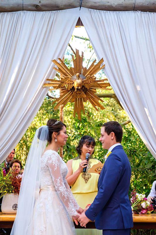 Casamento de Cinthia e Rodson. Celebração: Babi Nascimento | Foto: Felipe Rezende.