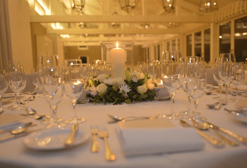 Beispiel: Tischdekoration, Foto: Restaurant Schifflände.