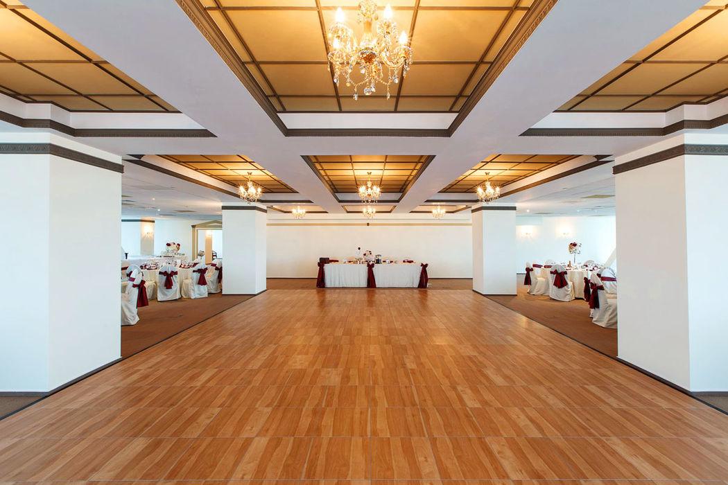 Aluguer de Pistas de Dança Madeira