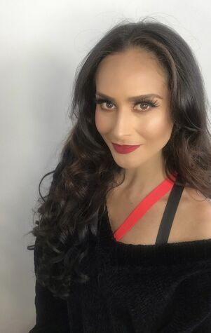 Makeup By Prys