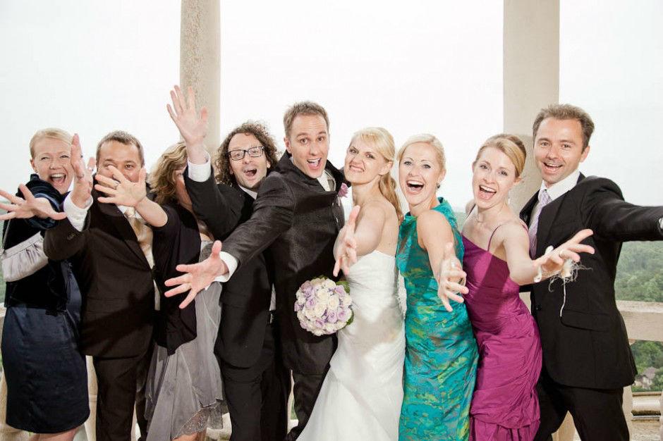 Hochzeit in Schloss Obermayrhofen. Beispiel: Lustige Gruppenfotos, Foto: myshoot.