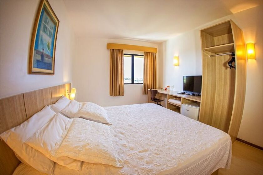 Hotel Campo Largo Express