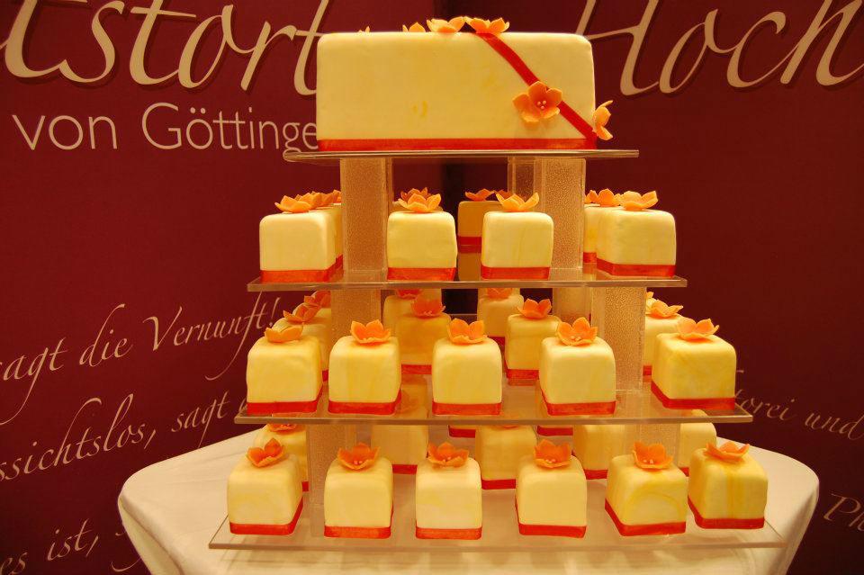 Beispiel: Einzigartige Hochzeitstorten, Foto: Unsere Hochzeitstorte.