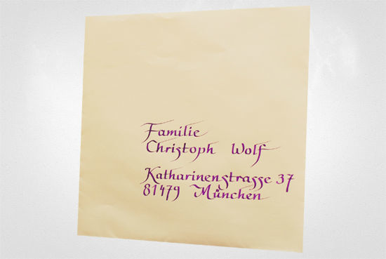 Beispiel: Persönliche und handgeschriebene Hochzeitseinladungen, Foto: Event Calligraphy.