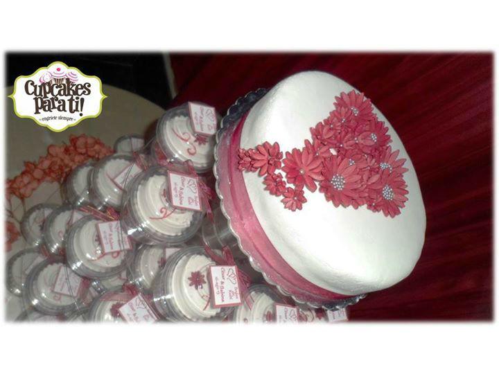 Cupcakes para ti! Torre de cupcakes para bodas de rubí