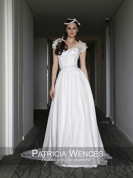 Modelo Shadia www.patriciawences.com.mx