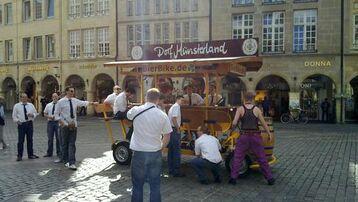 Beispiel: Mit dem BierBike durch Münster, Foto: BierBike Münster.