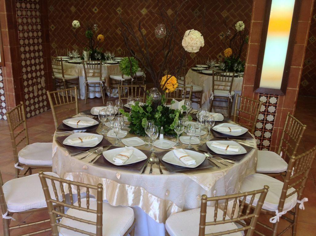 Kadmiel Banquetes y Coordinación de Eventos