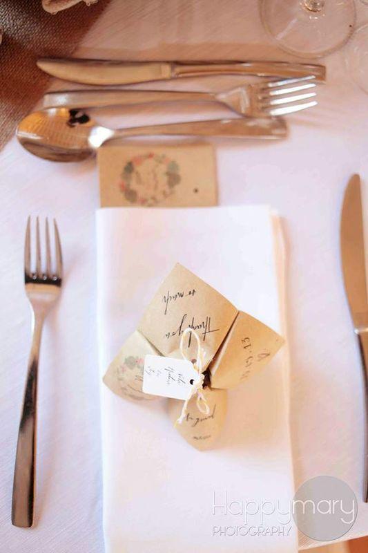 Cocotte en papier illustrée Menu, histoire des mariés, jeu, etc... -> Assortie à votre faire-part