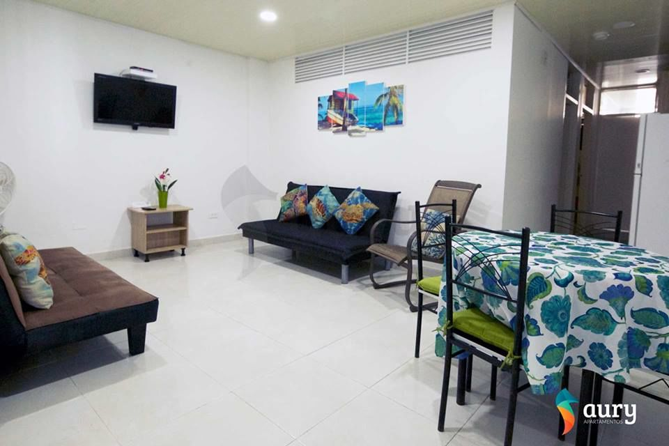 Apartamentos Turísticos Aury