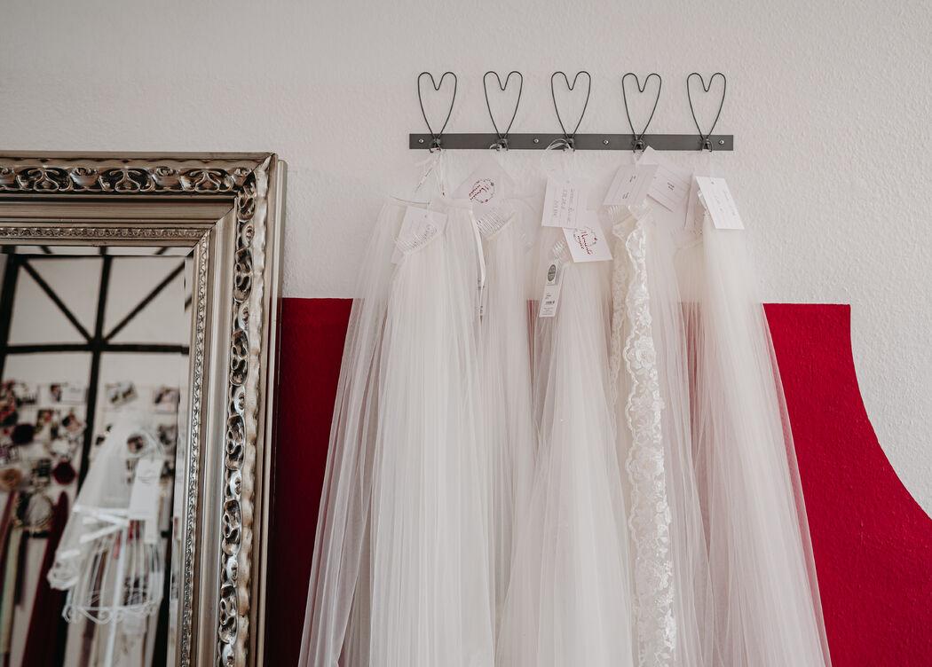 Momento unico Brautmode & Accessoires