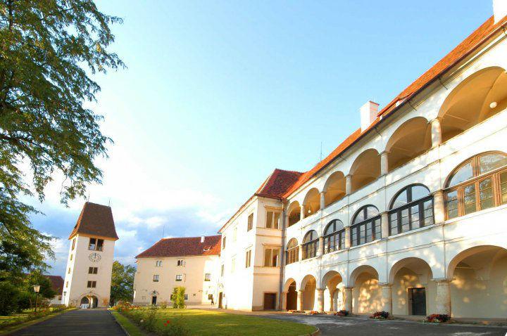 Beispiel: Schloss, Foto: Schloss Seggau.