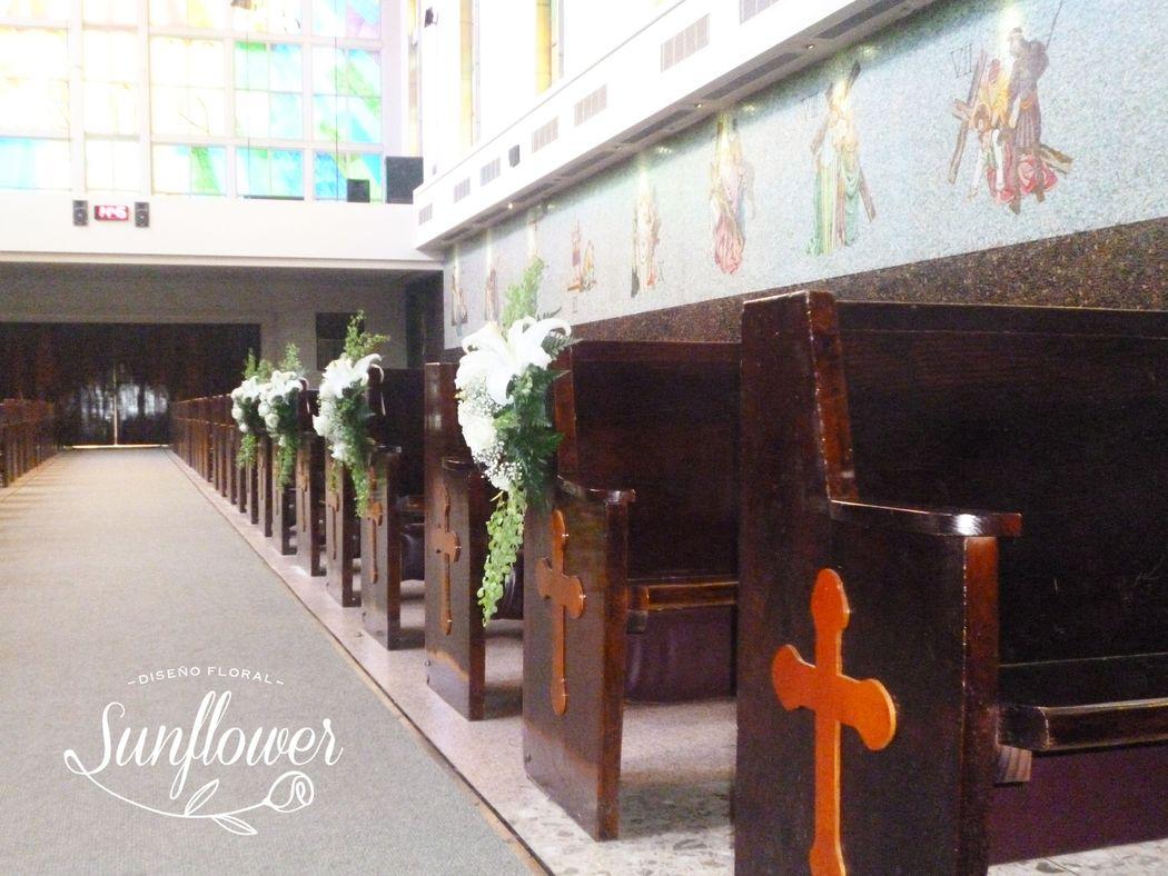 Pasillo de iglesia