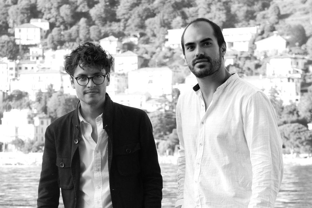 Os designers Fabio Brazil e Henrique Murgel.