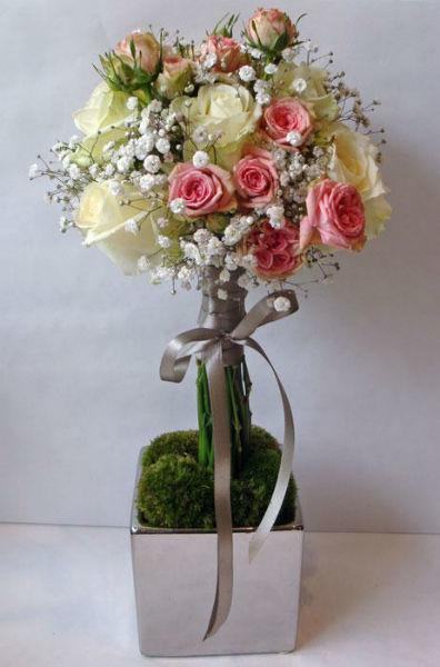 Fleurs, Fruits, Feuillages Arbre de fleurs utilisé en centre de table pour un mariage au château de Pierrefonds  www.fleurs-fruits-feuillages.fr