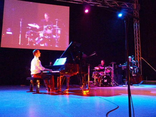 Beispiel: Pianist Dirk Schieborn, Foto: Pianist Dirk Schieborn.