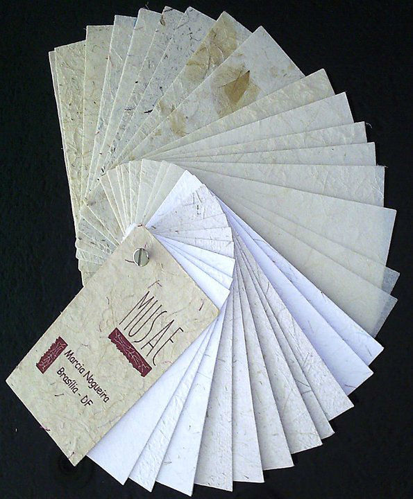 MUSAE - Papel Artesanal - mostruário - R$ 25,00. Este valor será devolvido na primeira compra acima de R$ 150,00