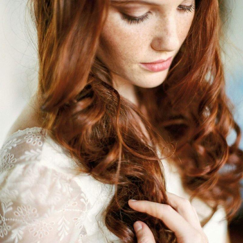 Carla D'Oliveira Makeup Artist