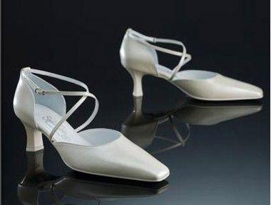 Beispiel: Schuhe, Foto: Hochzeitshaus Rostock.
