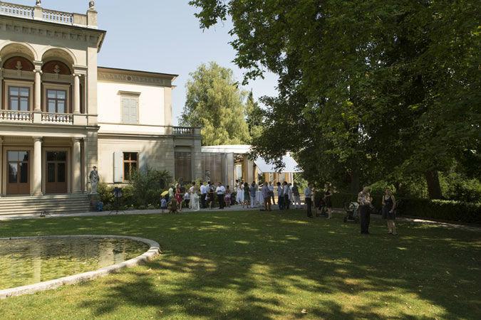 Beispiel: Apero vor dem Pavillon, Foto: Museum Rietberg.