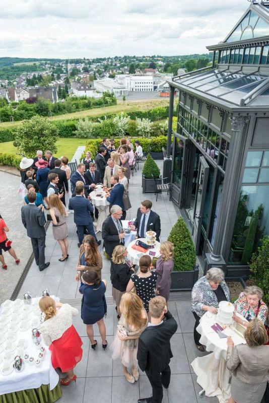 Beispiel: Gesellschaft, Foto: Hotel Heinz.