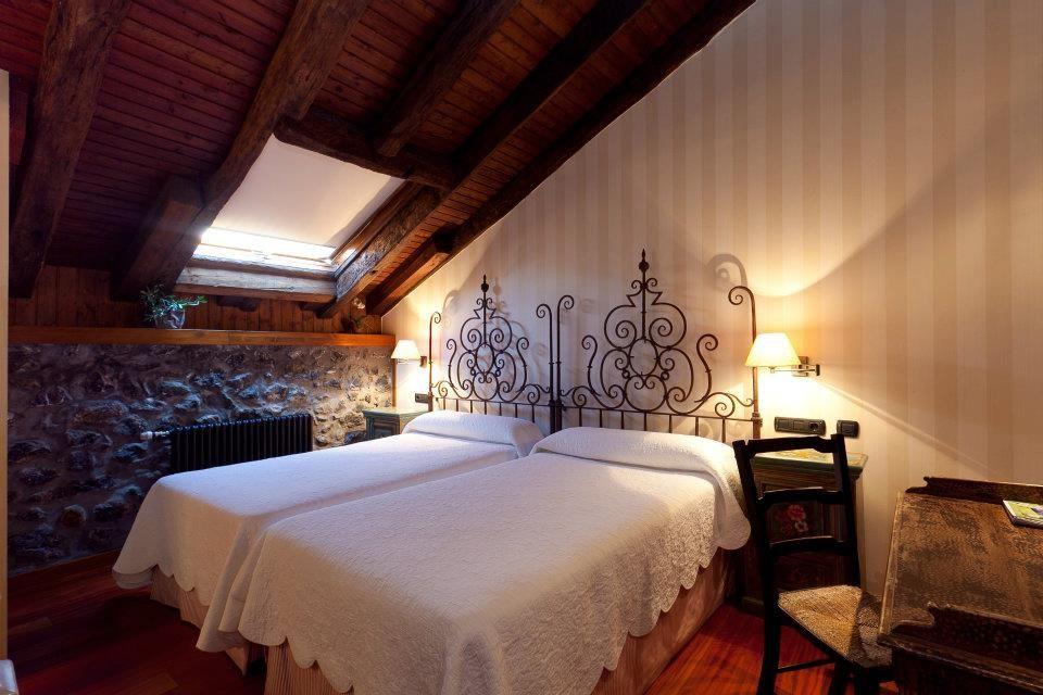 Hotel Ansotegi