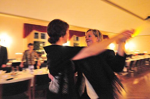 Beispiel: Tanzen, Foto: AKZENT Hotel Hahnenkamp.