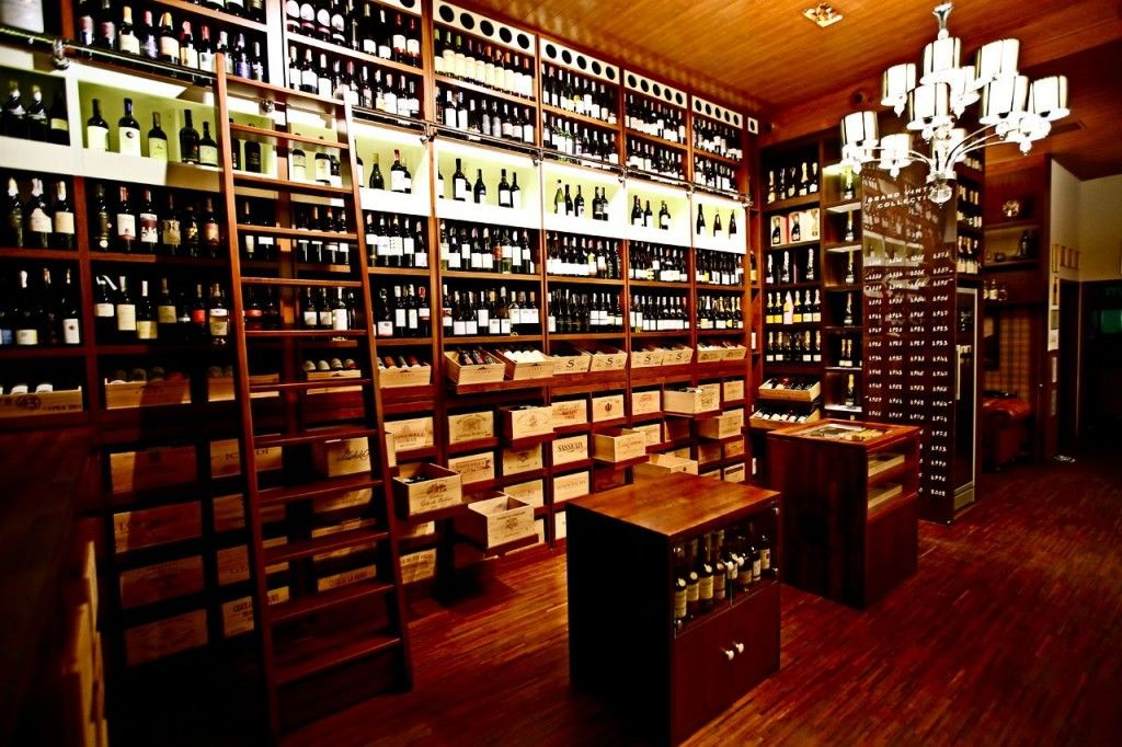 Whisky and Wine Place