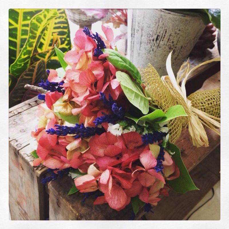 Ram de núvia. Amb flor seca.  Hortènsia liofilitzada, lavanda, salal,...