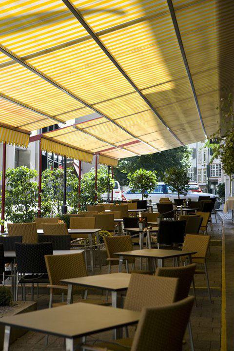 Beispiel: Terrasse des Hotels, Foto: Hotel Basel.