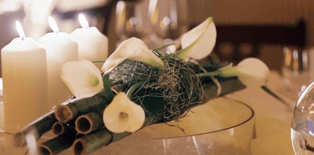 Beispiel: Hochzeitsfloristik, Foto: L'arrangement.