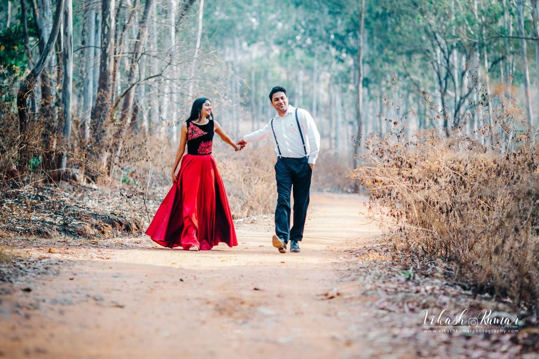 A photo from pre wedding photoshoot