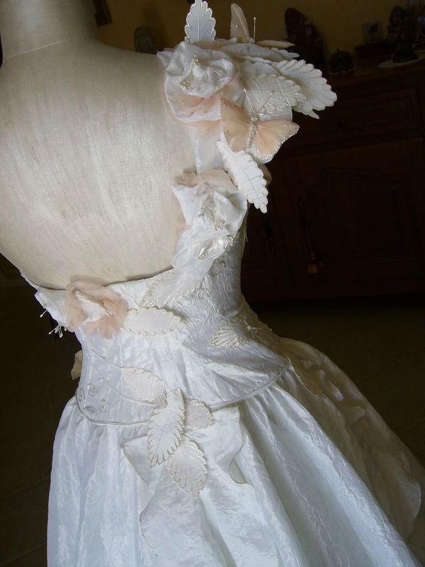 Détail robe de mariée Rose Poudré Mariage