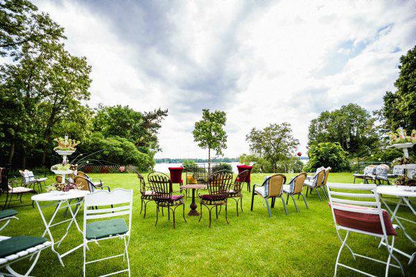 Beispiel: Außenbereich, Foto: Hotel Restaurant Seeterrassen Wandlitzsee.