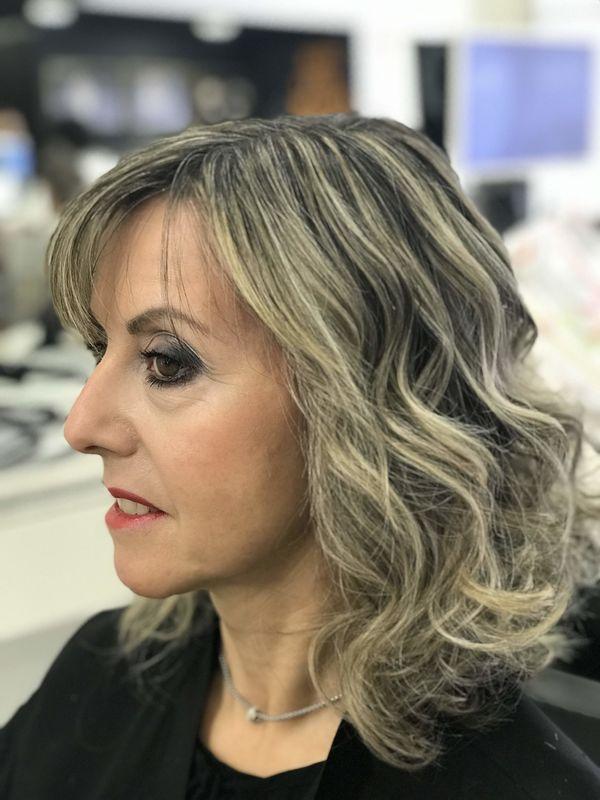 Carla Moreira Cabeleireiro