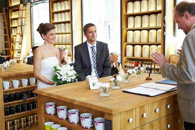 Beispiel: Trauung im Teekontor, Foto: Wasserschloss Speicherstadt.