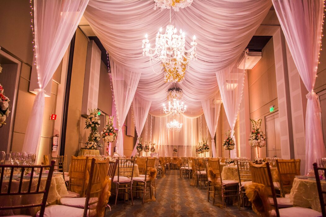 Hermanos Ruiz Wedding & Event Planner