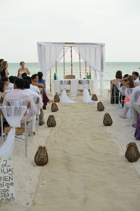 Claudia Gómez Matrimonios y Eventos  San Andres  Fotos: Pablo Salgado.
