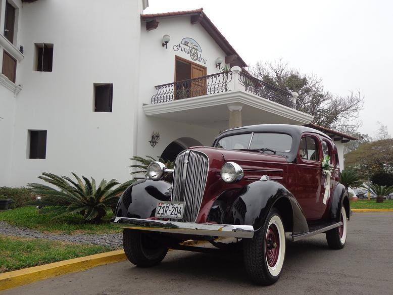 ELEGANTE CARCOCHITA DE 1935