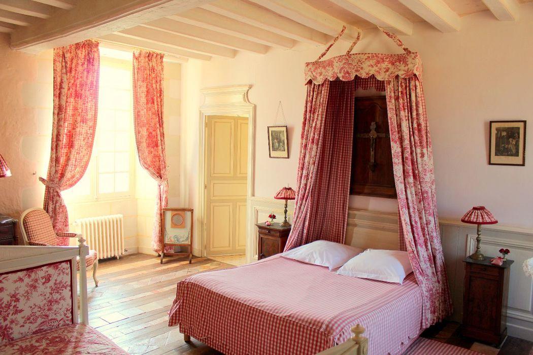 Château de Chambiers - hébergement la chambre d'hôtes Caroline