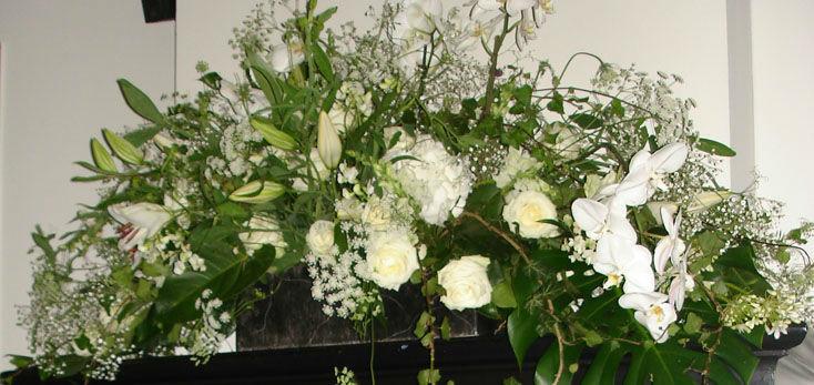 Beispiel: Wunderschöne Blumengestecke, Foto: Blumenbinder Trittmacher.
