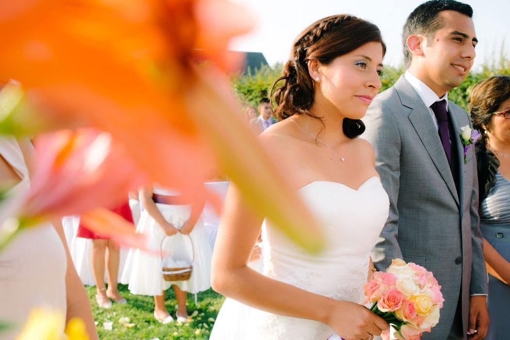 Una novia veraniega muy natural. Maquillaje y Peinado por nosotras, Marion y Mane de So Beautiful Makeup