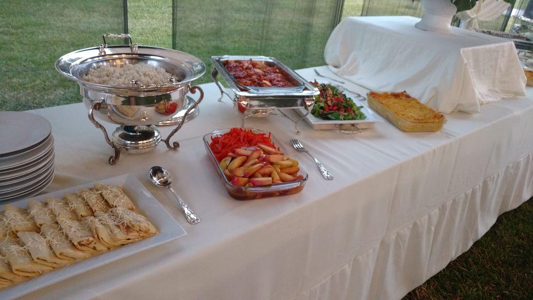 Buffet y plato servido