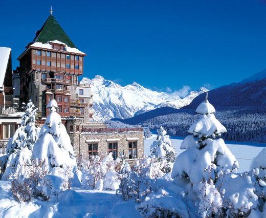 Beispiel: Hotel im Winter, Foto: Badrutt's Palace Hotel.